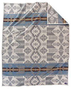 Pendleton Blanket - Silver Bark Robe